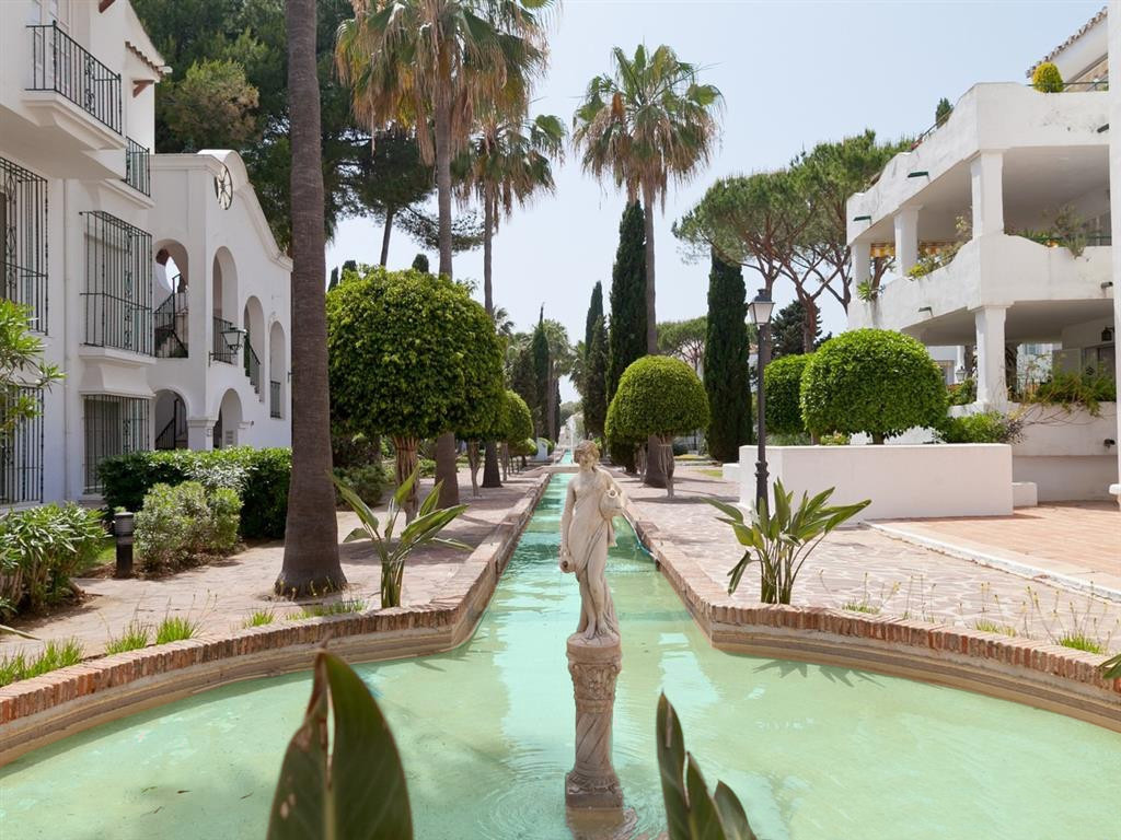 Spacious and light top floor beachside apartment located a short drive away to Puerto Banus and Marb, Spain