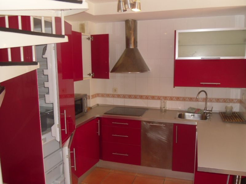 This spacious 2 bedroom apartment in Torrox Costa has a great location being 2 minutes from shops, r,Spain