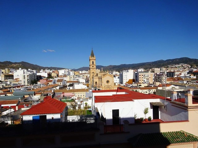 Magnificent property, ideal for families and with good rental potential. It offers 4 bedrooms, 2 bat,Spain