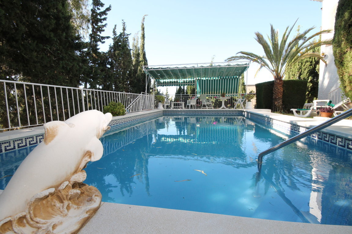 Detached Villa in Anoreta, Urbanization Paraiso del Sol. Opportunity in Anoreta, Detached villa with, Spain