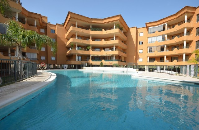 From this lovely penthouse one has wonderful views of Fuengirola and the Mediterranean. The wide ent, Spain