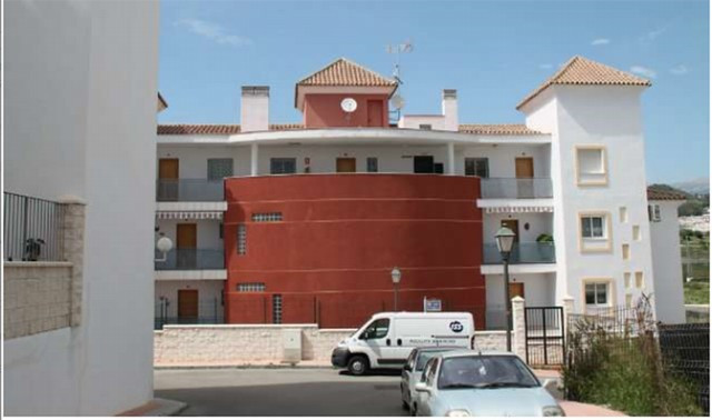 Originally listed for 95.000€ and recently reduced to 85.000€. New apartment consisting of kitchen, ,Spain