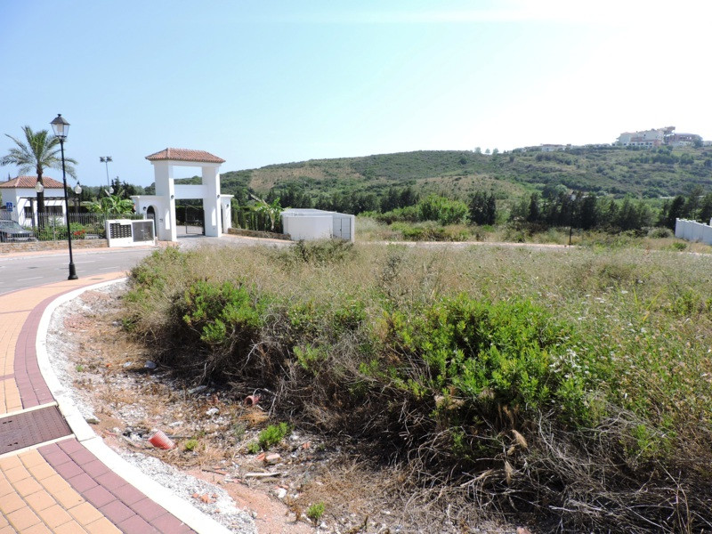 Residential Plot, Casares, Costa del Sol. .  Setting : Frontline Golf, Close To Golf, Close To Port,, Spain