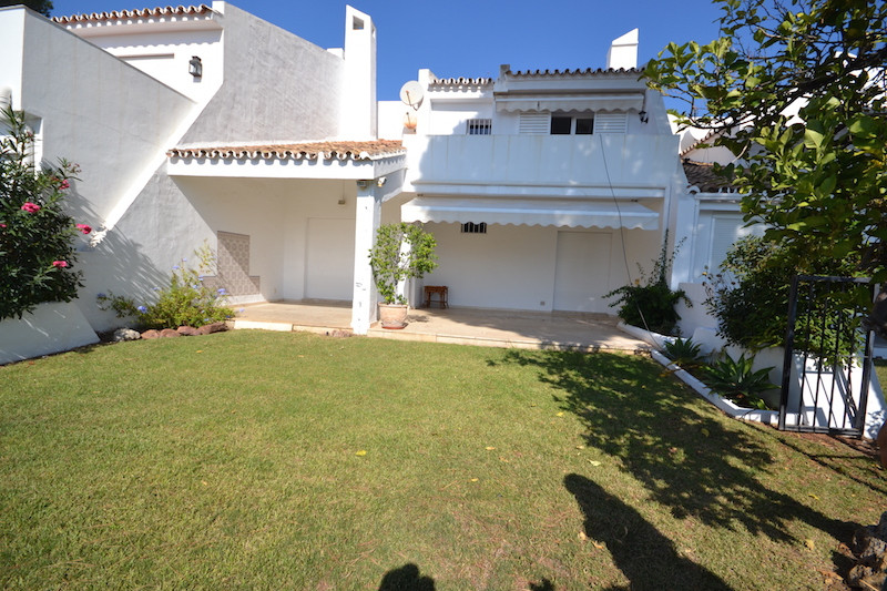 Beautiful semi-detached house located in Aloha, just minutes from Puerto Banus and Marbella and just,Spain