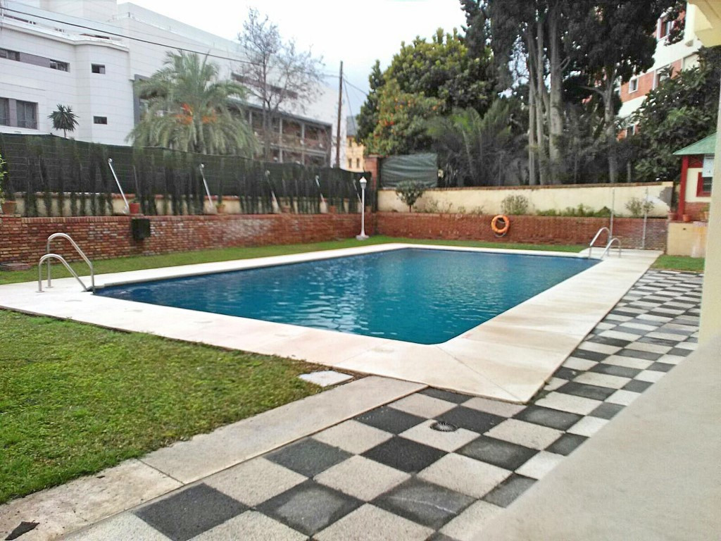 Pintor Joaquin Sorolla Avenue. Spectacular 5 bedroom apartment with 4 bathrooms, 2 parking spaces an,Spain