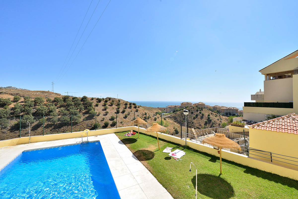 Nice apartment located in a quite area of Torreblanca. It is a duplex facing the countryside and a b,Spain