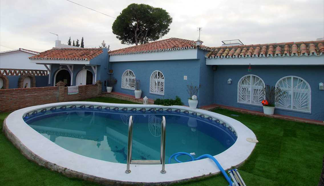 Spectacular villa with private pool close the beach and only 5 minutes from the center of Marbella. ,Spain