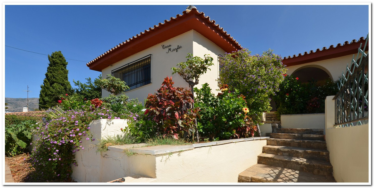 Beautiful villa in Fuengirola in Torreblanca, a few meters from the beach of Boliches and Fuengirola,Spain