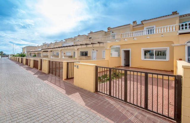 Beautiful townhouse in Cabo Roig, Orihuela Costa, very close to many golf courses like Las Ramblas, , Spain