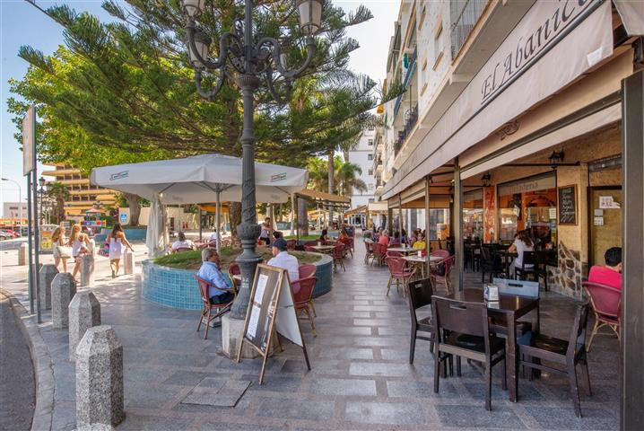 Restaurant, Torremolinos Centro, Costa del Sol. Built 100 m², Terrace 80 m². CC1  Setting : Town, Co, Spain