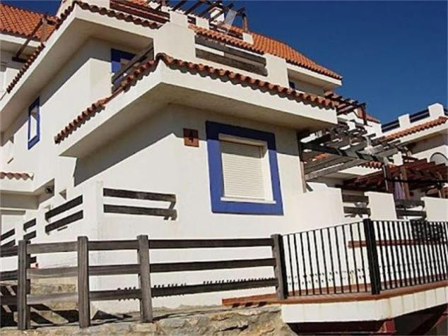 A beautiful apartment awaits you in Manilva. A property that offers you beautiful views and wide spa,Spain