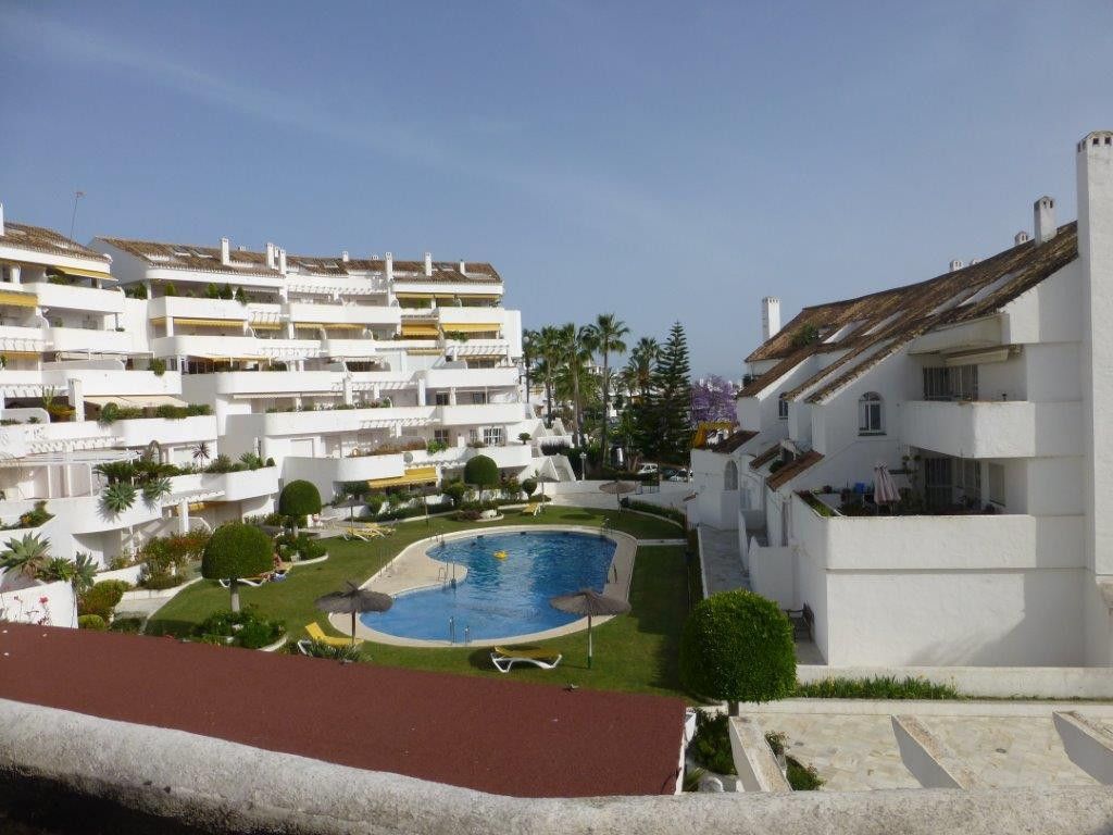 1 bedroom apartment in El Dorado. This complex is located a few min. The Centro Plaza shopping cente,Spain