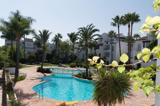 RENTED 2 bedroom apartment located in the Costalita area. A few mtrsl from the beach in one of the b,Spain
