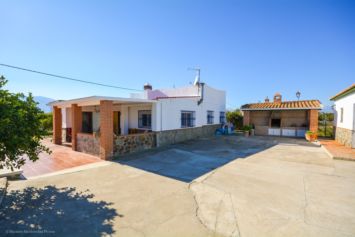 OPPORTUNITY!! RECENT REDUCTION FROM 255.500€ TO 225.000€!!  Beautiful Finca in Cartama totally refor,Spain
