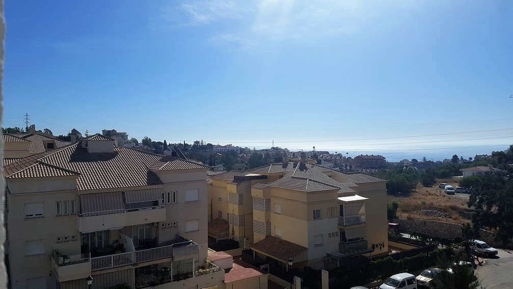 Sitting at the top of Torreblanca, this 2 Bedroom bright and airy corner apartment has panoramic vie, Spain