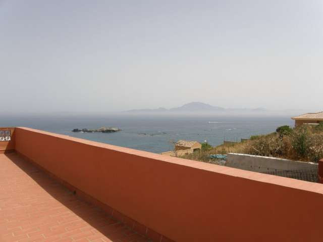FANTASTIC VILLA IN PUNTA CARNERO, COSTA DE LA LUZ, ON ONLY 50 m FROM THE BEACH AND WITH PANORAMIC SE,Spain