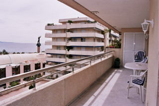 VERY WELL LOCATED TWO BEDROOM MIDDLE FLOOR APARTMENT IN THE HEART OF PUERTO BANUS WITH VERY NICE SEA, Spain