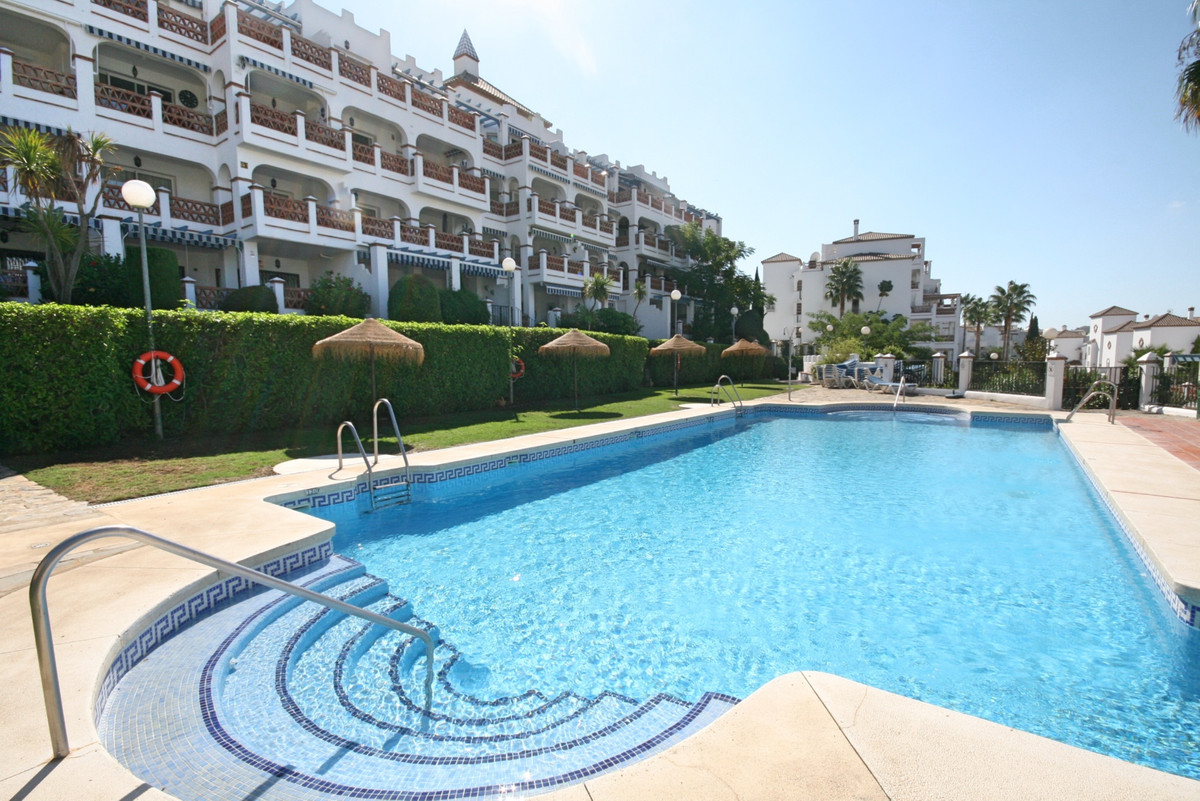 Immaculate penthouse with west facing views to the golf course, pool, gardens and Mijas mountains.  , Spain
