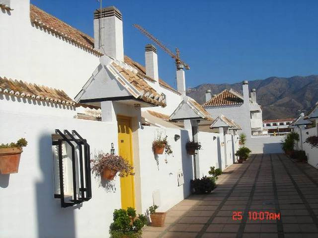 An immaculate top floor apartment located on the very desirable Mijas Golf complex, close to the fam,Spain