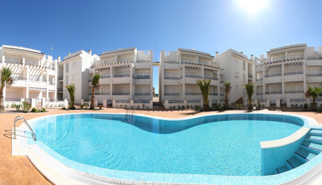 Fabulous new build apartments for sale in Alicante Spain. These apartments are on the sea and they a, Spain