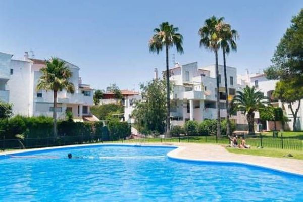 Walking to the beach ... and everywhere: Four bedroom apartment in Parque Elviria  Marbella, Parque , Spain