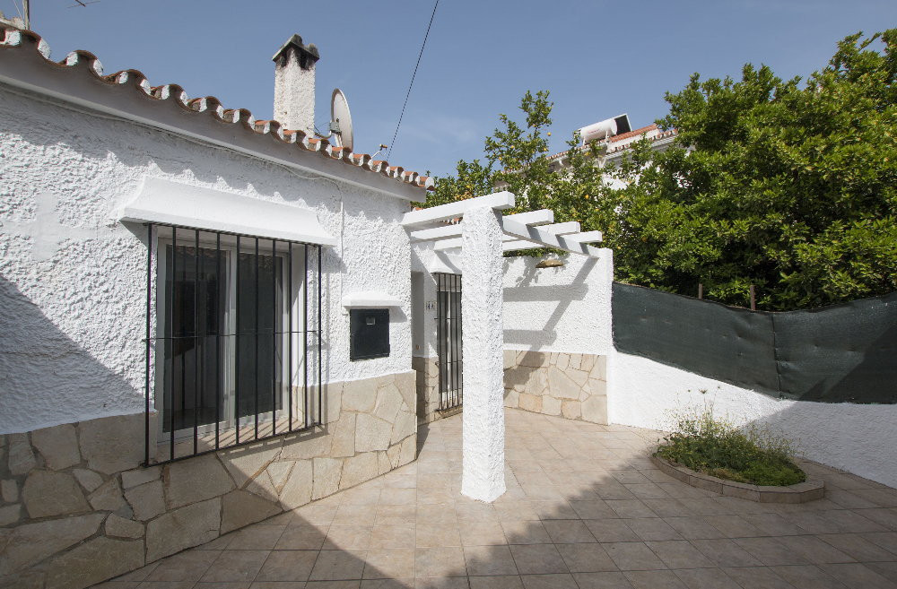 TOWNHOUSE IN PEACEFUL URBANIZATION! Located in Churriana (Malaga), in a quiet urbanization with only, Spain
