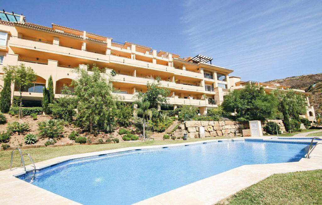 Bank Repossession! A unique opportunity to acquire a modern and well kept two bedroom apartment loca, Spain