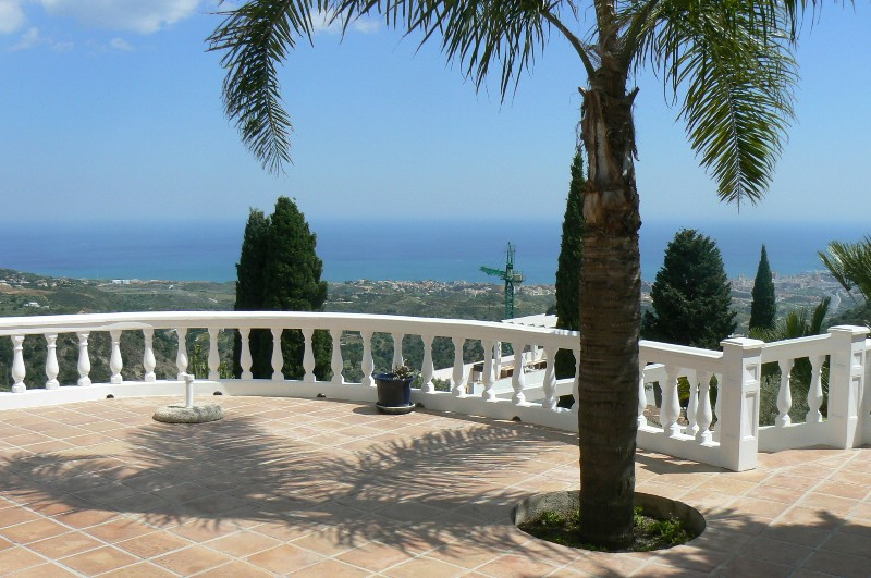 Lovely big villa very close to the town of Mijas with the most wonderful view to the sea and Fuengir,Spain