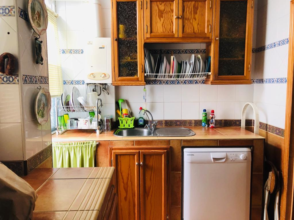 Cozy apartment in Arroyo de la Miel in a quiet area, only a few minutes from downtown with easy acce, Spain