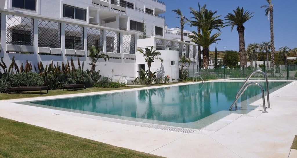 This luxury 2 bedroom/2 bathroom apartment with additional 1 bedroom / 1 bathroom apartment  is situ,Spain