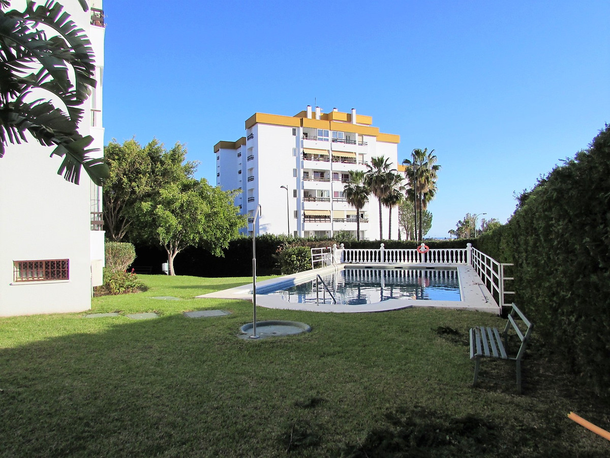 Nice apartment totally reformed in an urbanization closed with gardens and community swimming pool. ,Spain
