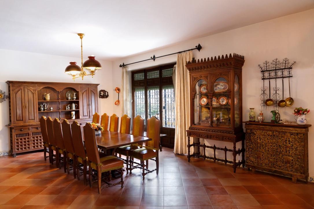 Casa cortijo con una situacion privilegiada, a 14 kms de Granada, , a 18 km de Illora, a 60km de las,Spain