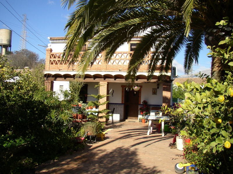 COUNTRY HOUSES WITH 3 SEPARATE UNITS IN ALORA.  This property offers 3 separate units of accommodati,Spain