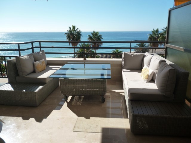 Nice apartment in the center of Marbella. 3 bedrooms, 2 bathrooms, living room with access to the  l, Spain
