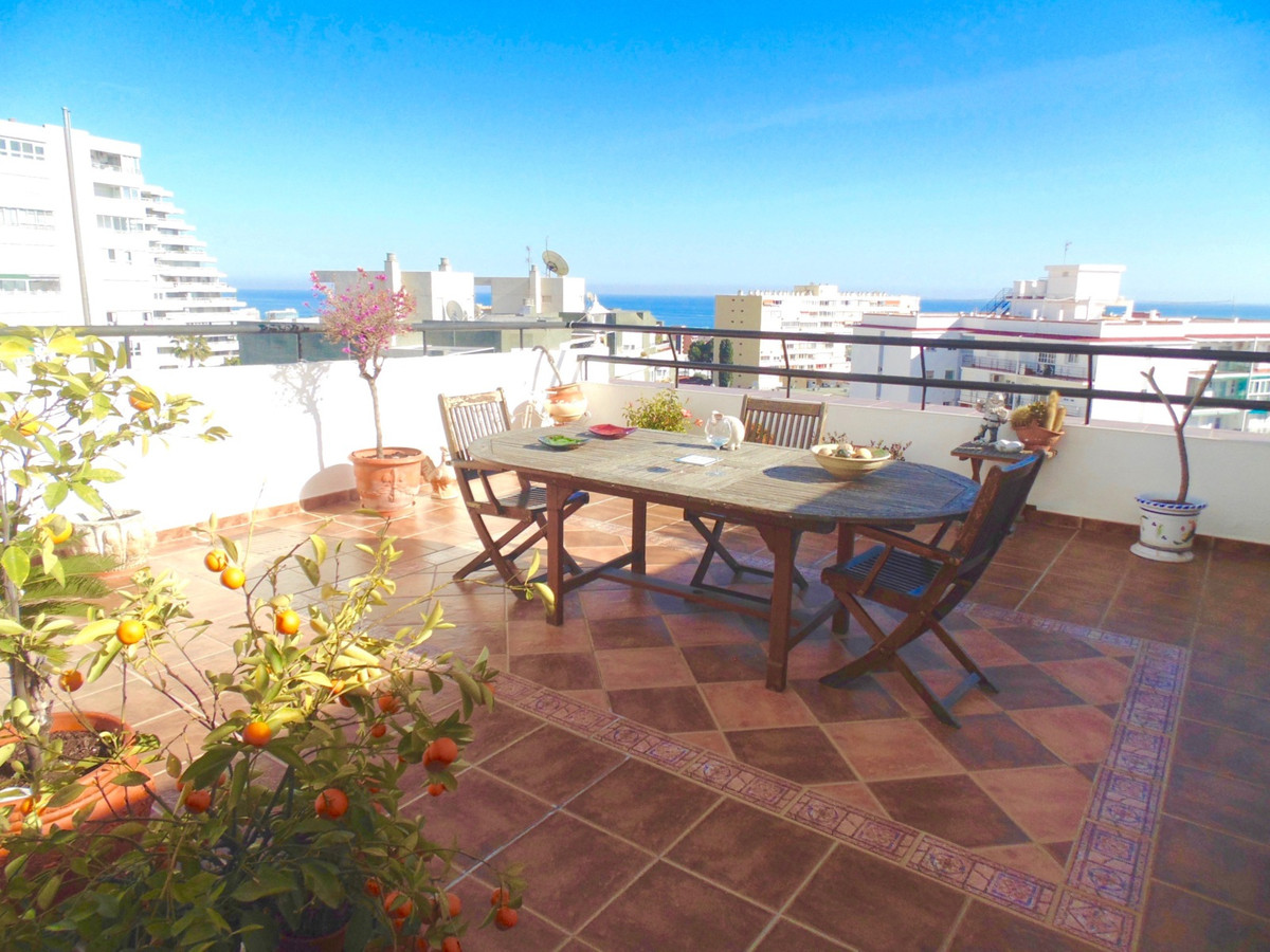 Superbly located five bedroom penthouse having the fifth and sixth floors and boasting two large sun, Spain