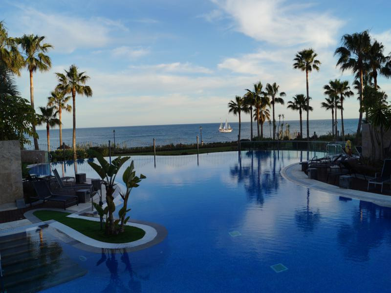 BLUE SEA OF YOUR DREAMS !!!  An apartment that will make you dream and make you live the best moment, Spain