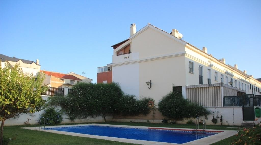 (REF.1336-V) ALHAURIN DE LA TORRE (Rock) is sold Super townhouse, just a few minutes from the center,Spain