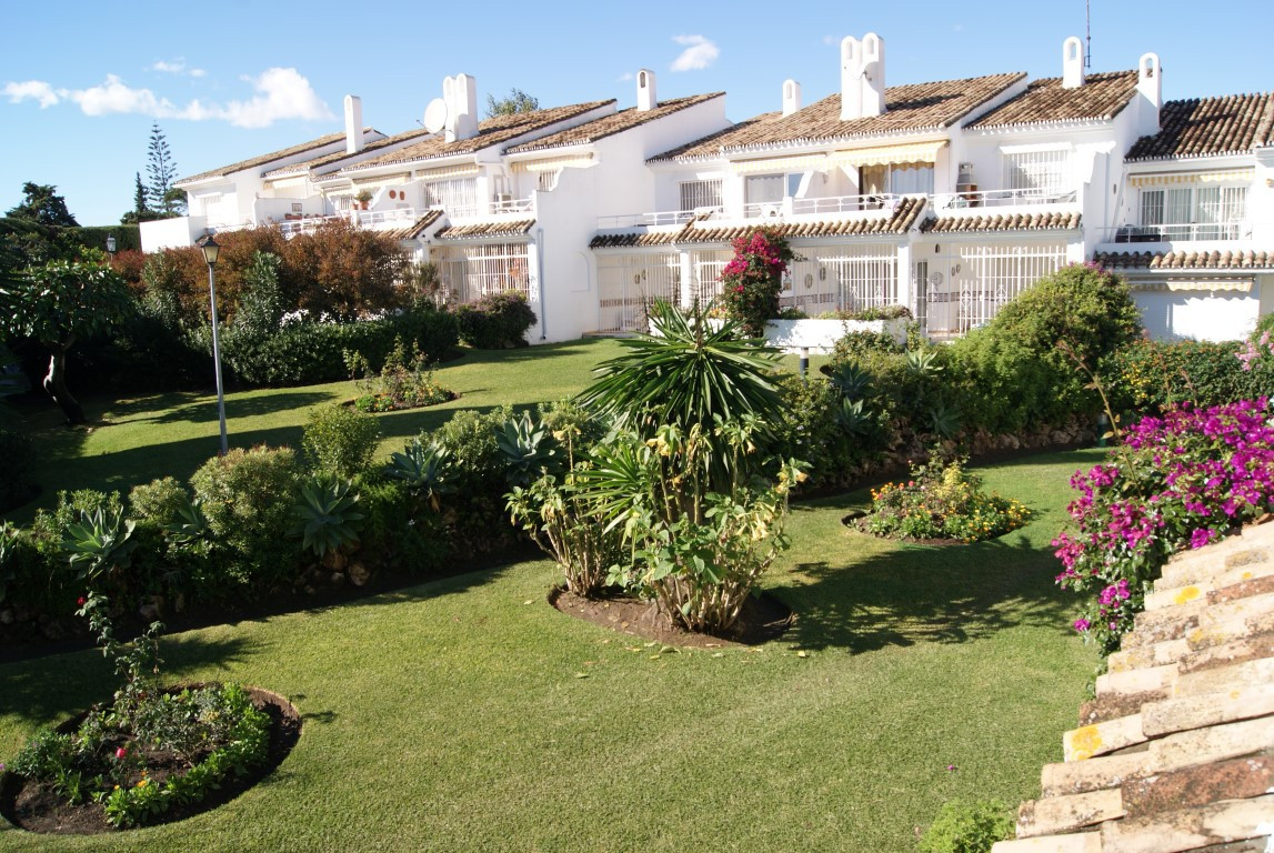 RESERVED  Nicely appointed three bedroom, two bathroom corner apartment, facing south-west  This apa,Spain