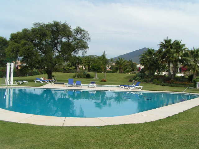 TOWNHOUSE - Aloha, Nueva Andalucia, Secure Complex with heated pool and tennis court.  Lounge/dining,Spain