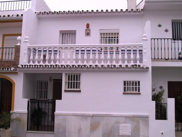 This fantastic townhouse is in the heart of the picturesque village of Ojen, 10 minutes from Marbell,Spain