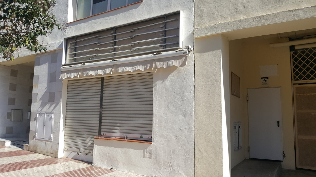 Perfect local to open your own business. Great location in Marbella. It has 2 floors each same m2. O,Spain