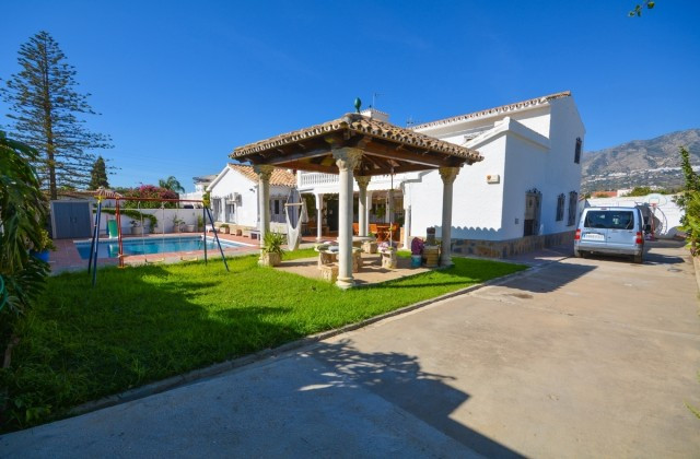 Large Villa recently renovated in Mijas Costa with privacy and tranquility, close to amenities...  I, Spain