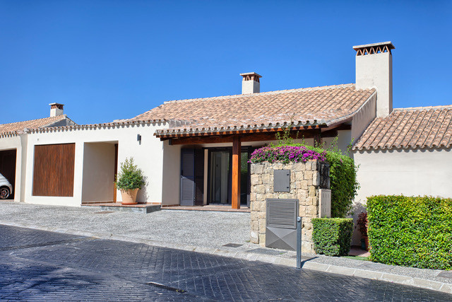 """""""Amazing house for sale in Puerto del Almendro, Benahavis.      The house has in the first leve,Spain"""
