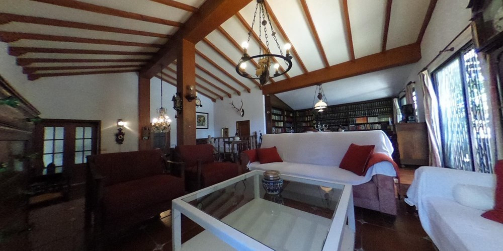 Beautiful villa in exclusive in the area of Bosquemar.  This large property distributed all on one f,Spain