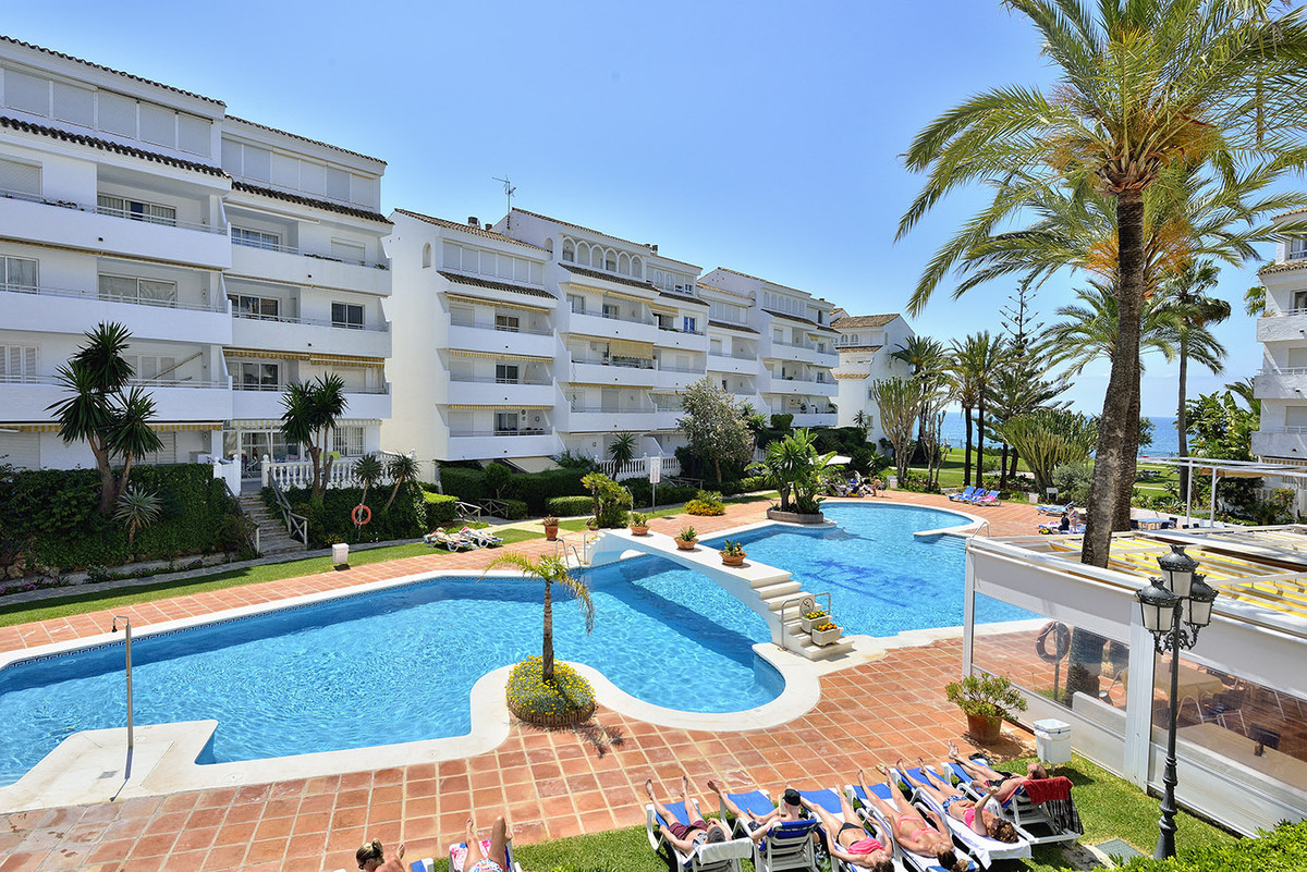 Magnificent duplex-apartment located in a private resort in Playa Real, just 12 kms from central Mar, Spain