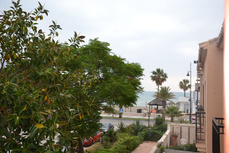 Terraced house in first line beach, just 10 minutes away from Malaga airport and 5 from National Par,Spain