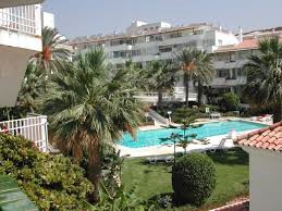 For sale a fully fitted Sports Massage Academy in Los Pacos , Fuengirola. It is build in a popular u,Spain