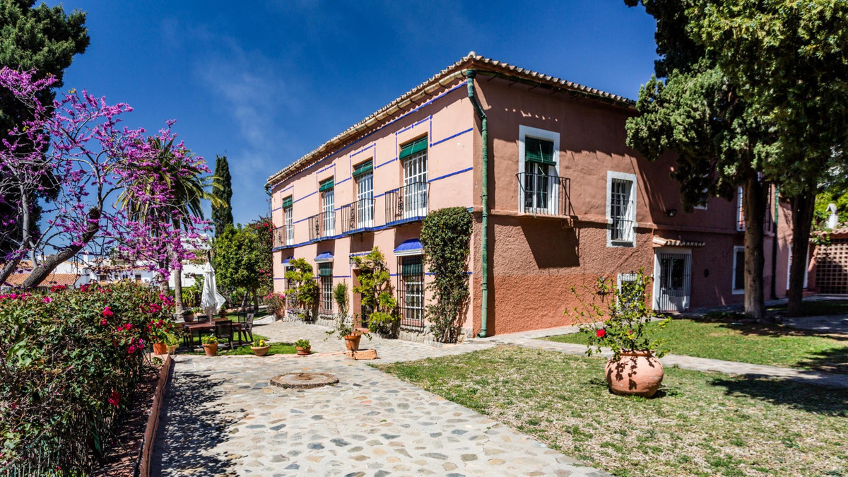 Villa in the center of La Cala de Moral - in a few minutes walk to the beach or in the charming town,Spain