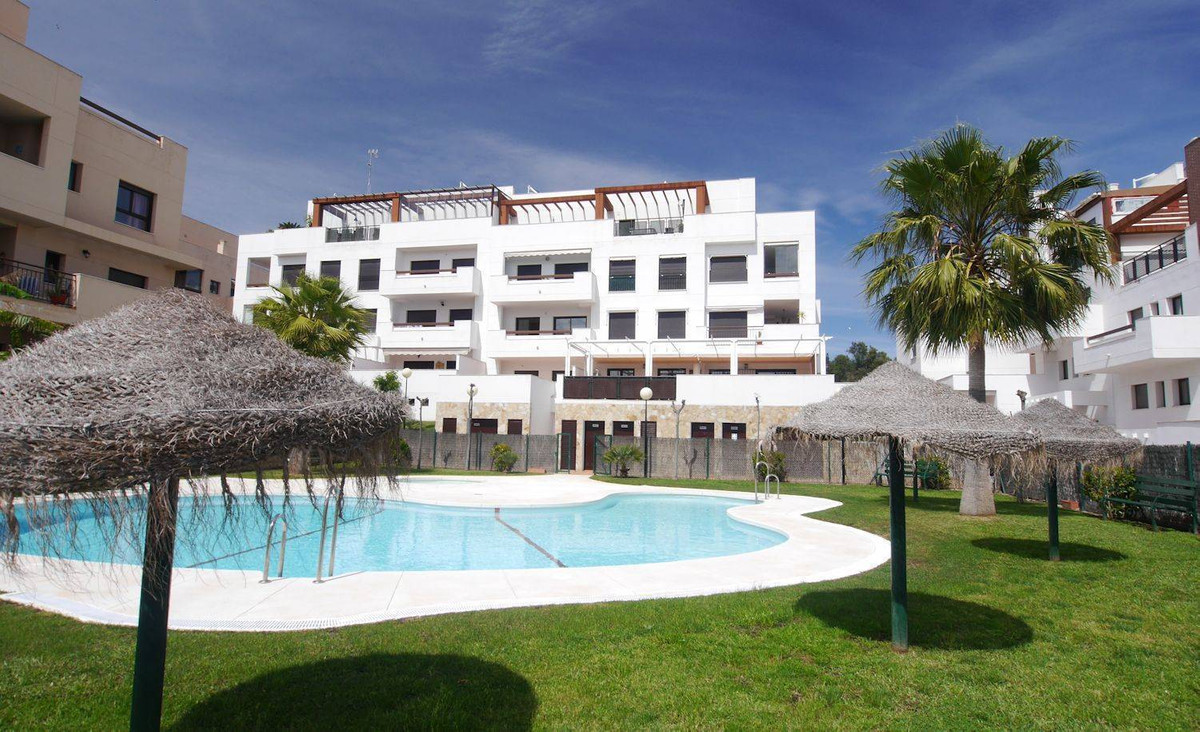 Excellent location of this property in La Cala de Mijas. Only less than 3 minutes walking to superma,Spain