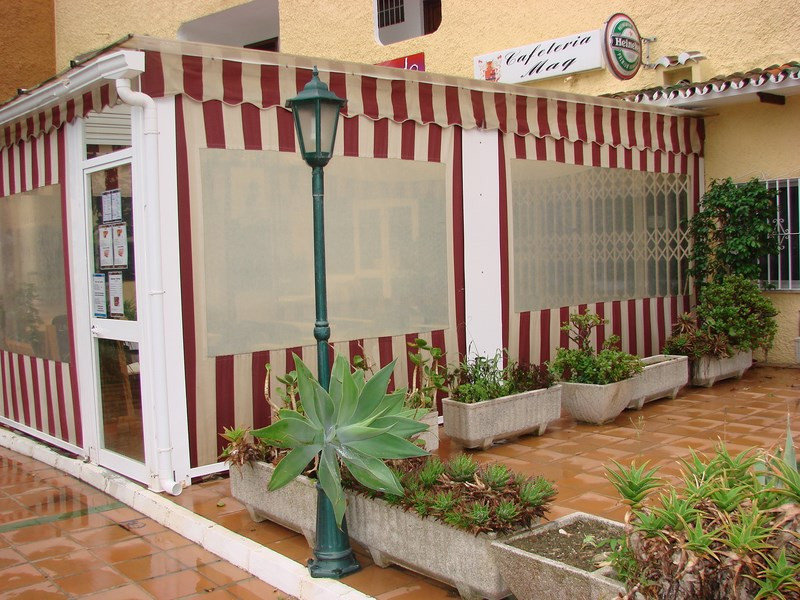 Cafe/Bar for sale in Edf. The Coronado, Marbesa. Sold with fully fitted kitchen, terrace cover,  bat,Spain